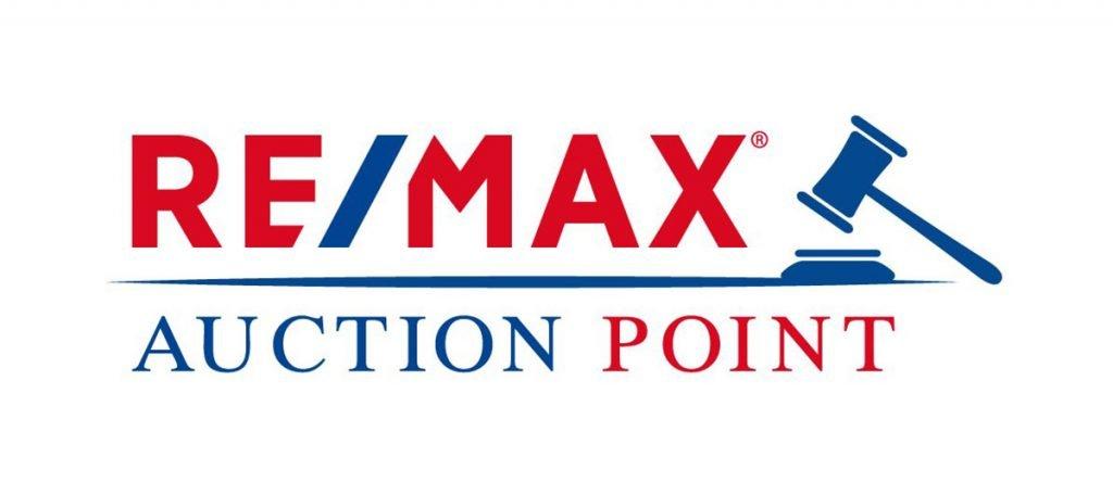 Remax auction point logo